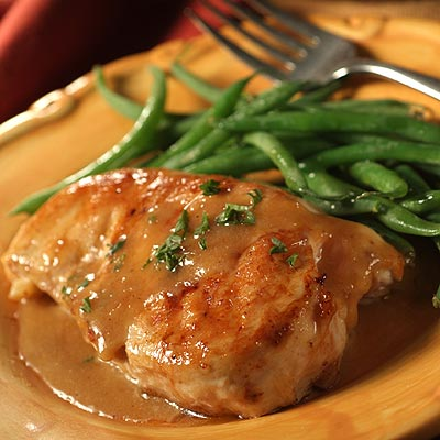 Sautéed Chicken Breasts in Fresh Lemon Cream Sauce