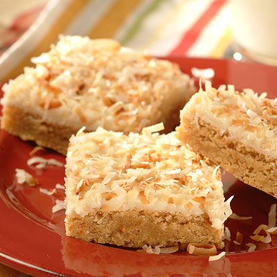 Peanutty Piña Colada Bars