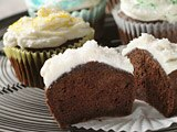 Splenda® Sugar Blend for Baking Chocolate Cupcakes