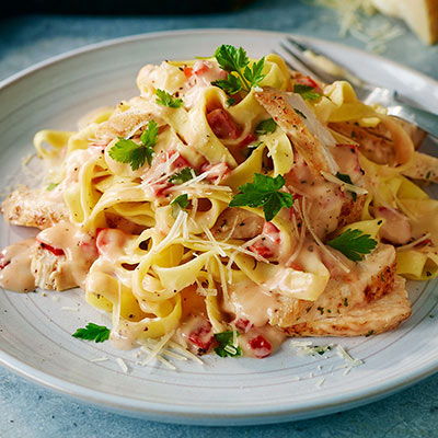 Pasta with Chicken and Roasted Pepper Cream Sauce (Lighter)