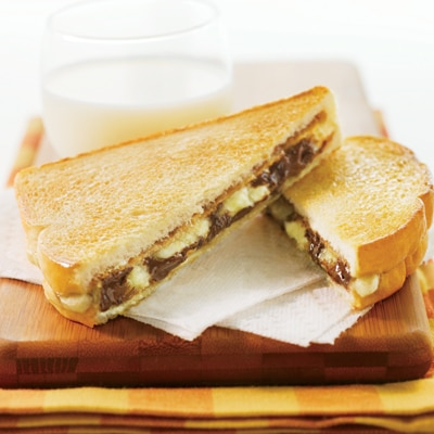 Grilled Chocolate Peanut Butter Banana Sandwiches