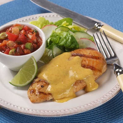 Grilled Chicken Breasts with Spicy Bolivian Sauce