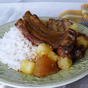 Slow Cooker Hawaiian Sweet Ribs