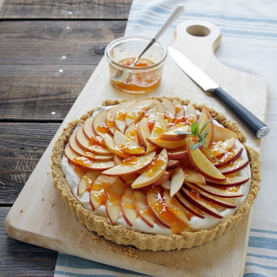 No Bake Peaches & Cream Summer Tart