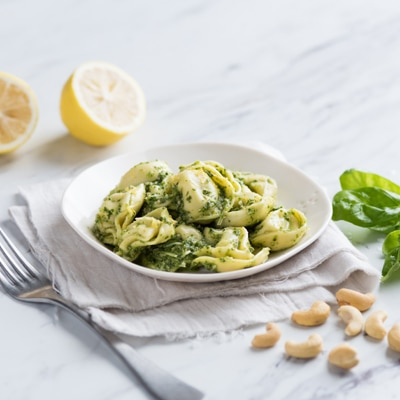 Spinach & Cashew Pesto with Cheese Tortelloni