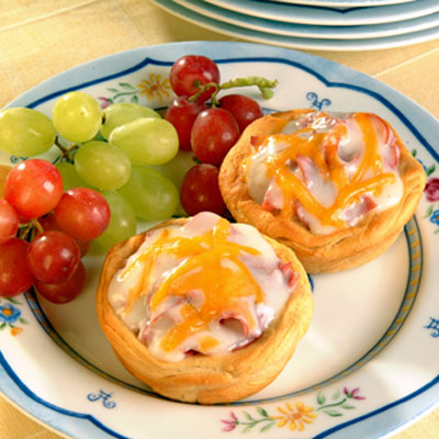 Creamed Chipped Beef Breakfast Cups