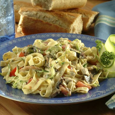 Fettuccine with Vegetable Clam Sauce (Lighter)