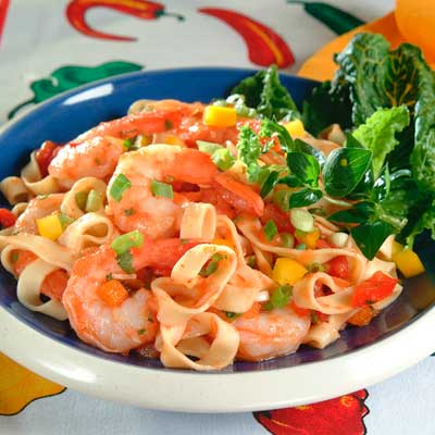 Gazpacho-Style Shrimp and Fettuccine