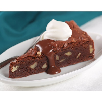 NESTLÉ® TOLL HOUSE® Grand Chocolate Brownie Wedges with Chocolate Sauce