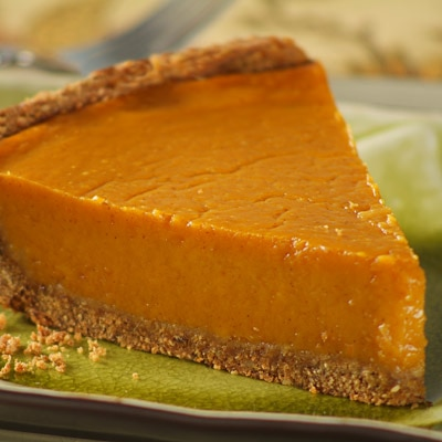 ... Pumpkin Pie with Whole-Grain Pie Crust | NESTLÉ® Very Best Baking