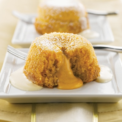 Butterscotch Spice Molten Cakes with Cream Sauce