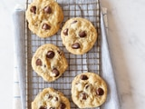 ORIGINAL NESTLÉ® TOLL HOUSE® BITTERSWEET CHOCOLATE CHIP COOKIES