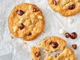 NESTLÉ® TOLL HOUSE® Triple Chip Cookies
