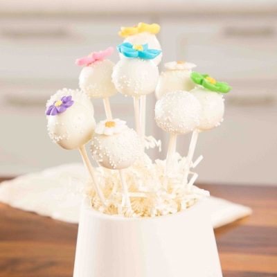 Spring Sugar Cookie Pops