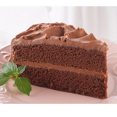Delicious Chocolate Cake with Rich & Creamy Chocolate ...