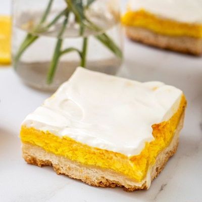Lemon Cheesecake Bars | NESTLÉ® Very Best Baking