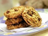 Oatmeal Buncha Crunch Cookies